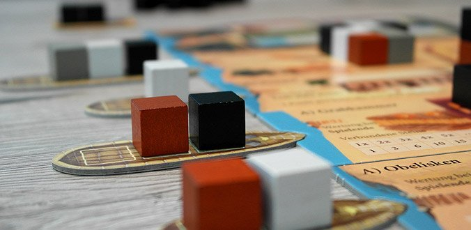 Imhotep - Die Boote mit den Steinen landen an den verschiedenen Bauplätzen
