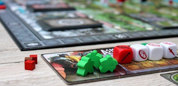 Champions of Midgard - Das Spielertableau mit Arbeitern und Kriegern
